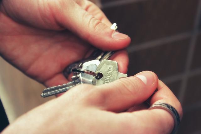 keys-2251770_640.jpg